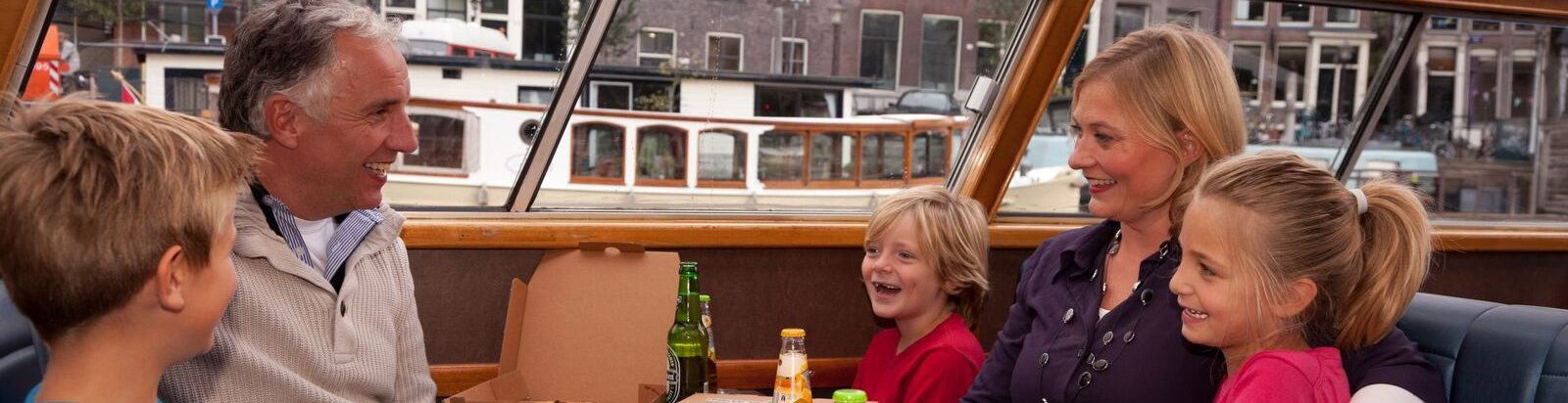 Canal Pizza Cruise Amsterdam