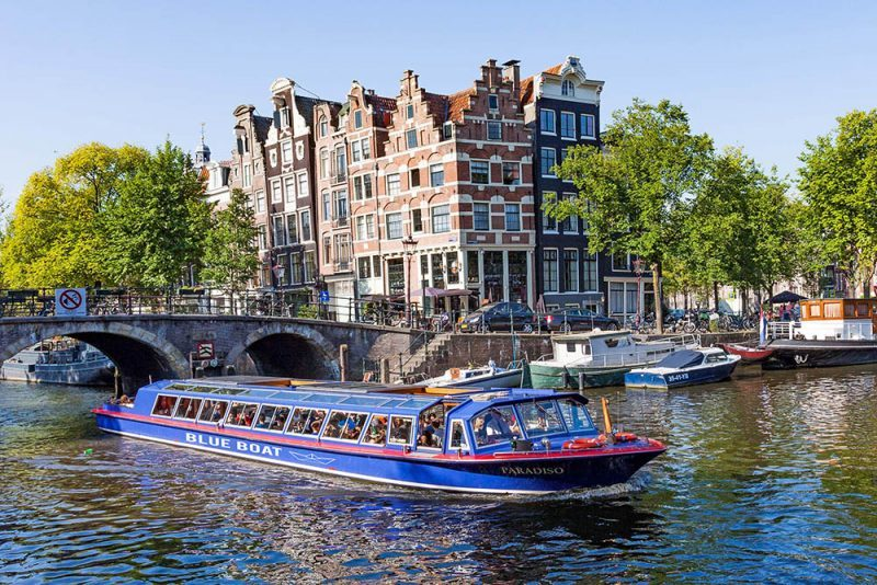 city canal cruise amsterdam boat